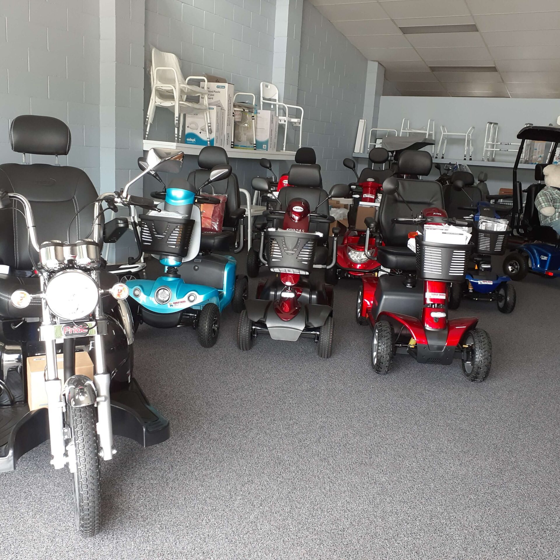 20200909 shop scooters